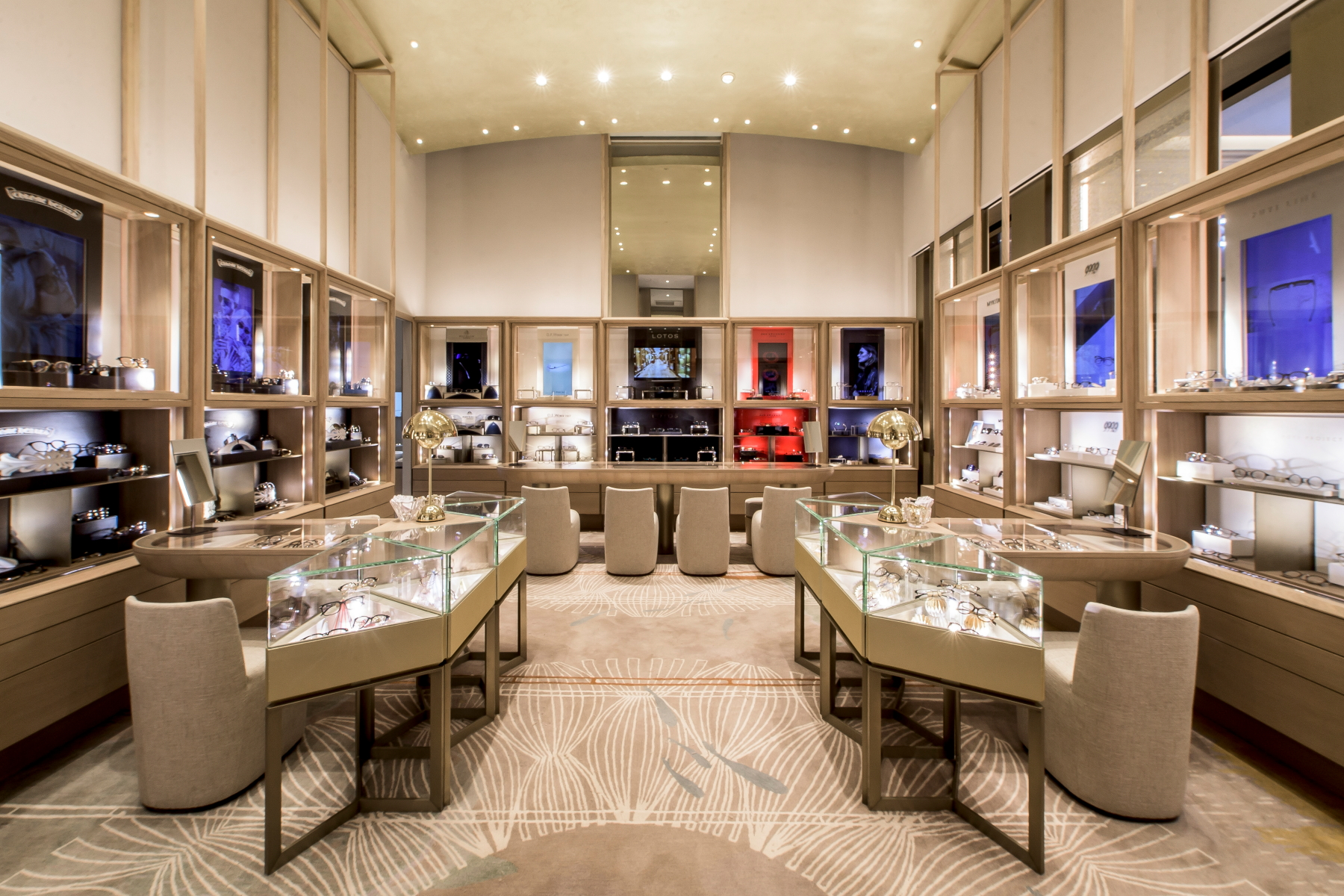 Puyi Optical Opens Three Flagship Stores in Taipei